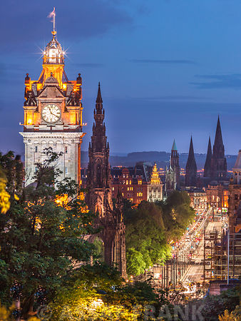 Princess streen and the Balmoral Hotel and night, Edinbrugh, Scotland
