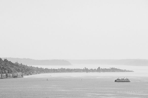 PUGET SOUND SEATTLE WASHINGTON BLACK AND WHITE