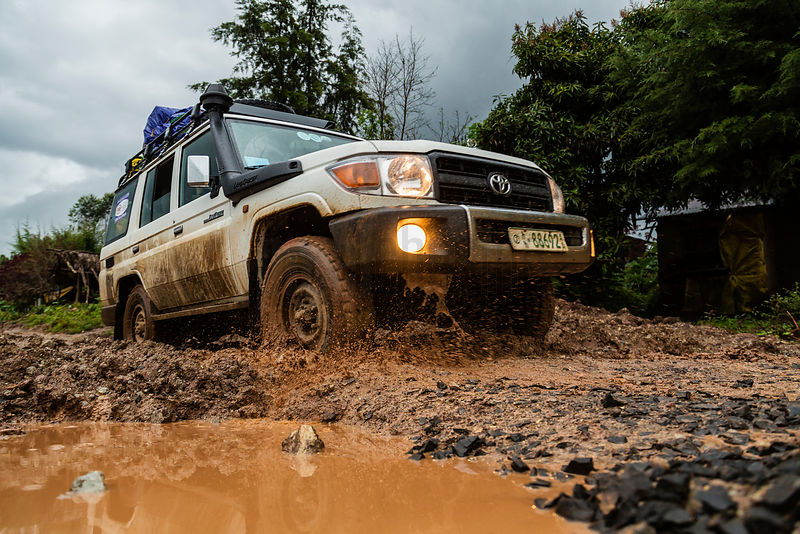 Toyota 4x4 Driving through Mud