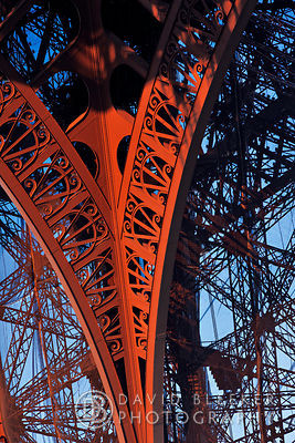 Eiffel tower - Steel construction