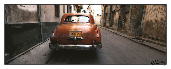 Red Cuban Car © Phil Cawley