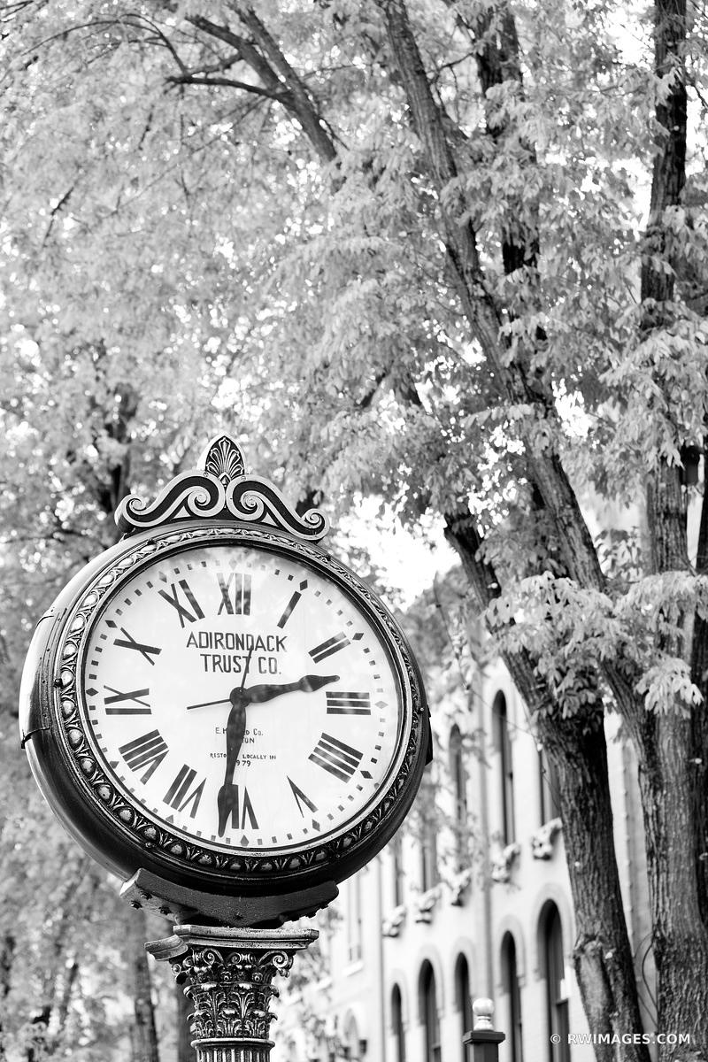 ADIRONDACK TIME STREET CLOCK CITY OF SARATOGA SPRINGS NEW YORK BLACK AND WHITE VERTICAL