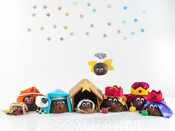 Christmas Pudding Nativity Scene