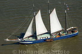 Harlingen - Luchtfoto Tall Ships Races 7