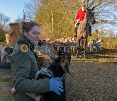 Jodie Parr at the meet - The Cottesmore at Town Park Farm