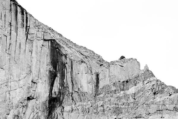 ROCK WALL NEAR CHASM LAKE AND LONGS PEAK ROCKY MOUNTAIN NATIONAL PARK COLORADO BLACK AND WHITE