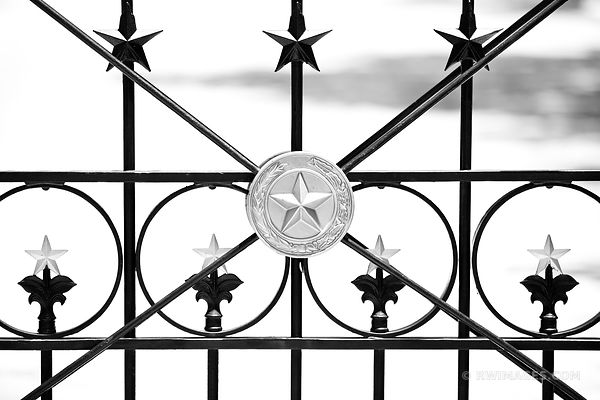 TEXAS LONE STAR IRON FENCE BLACK AND WHITE