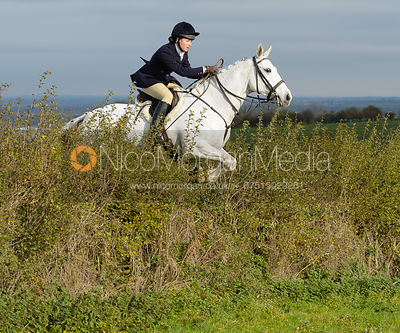 Harriet Rimmer jumping a hedge near Clawson Thorns