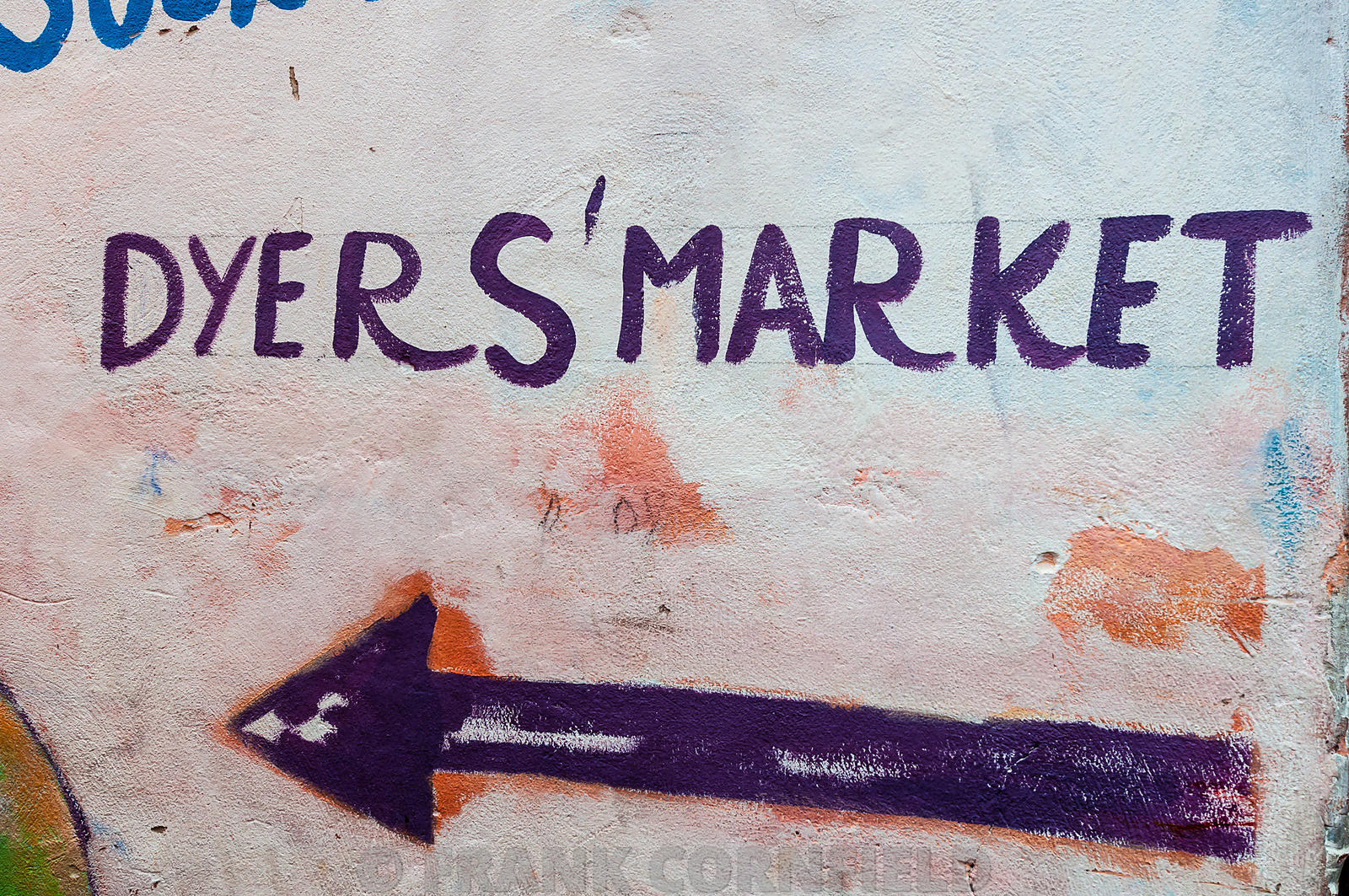 Dyers market sign