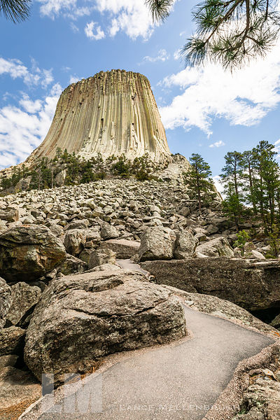 Trail up to westside of Devils Tower