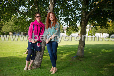 5th September, 2015.Tyrrellspass, County Westmeath. Pictured from left:Louise O'Donovan of Tidy Towns and Niamh Sheridan of E...