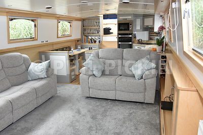 Light and bright living area onboard Plan-B