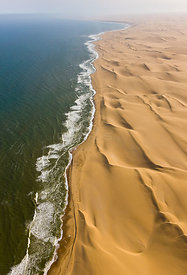 Aerial view of the 'Long Wall', sand dunes along the Atlantic coast of the Namib desert, Swakopmund, Namibia, August 2008