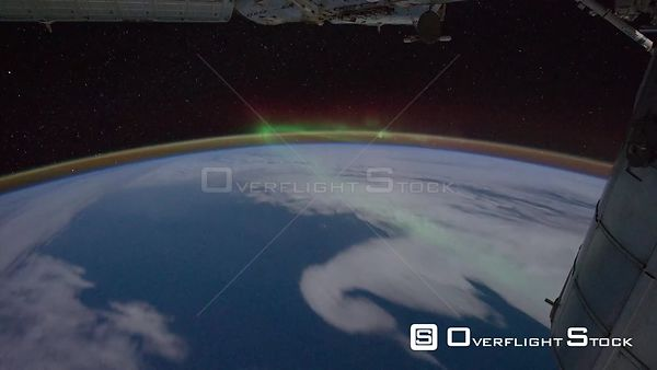 Time-Lapse from ISS over  Pacific Ocean Aurora Australis Exp29 09 Sep 2011