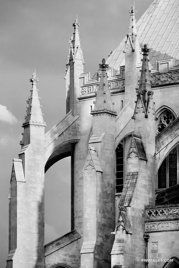 WASHINGTON NATIONAL CATHEDRAL ARCHITECTURE WASHINGTON DC BLACK AND WHITE VERTICAL