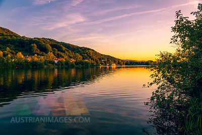 Austria, Lower Austria, St. Andrae-Woerdern, Greifenstein and Danube river at sunset