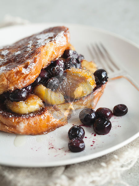 French toast with blueberries and banana