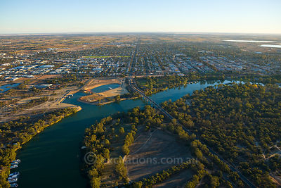 Aerial photograph of Mildura City.