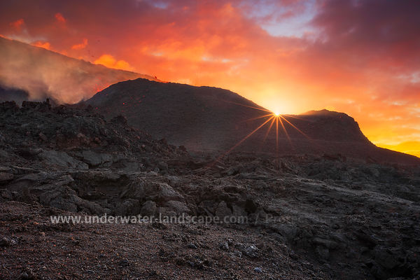 Sunrise piton de la fournaise volcano eruption