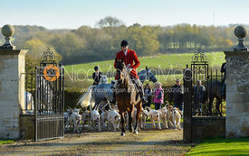 Peter Collins and Quorn hounds at the meet at Ingarsby Hall 27/10