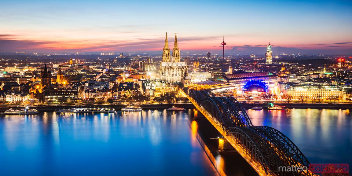 Panoramic of Cologne cathedral and skyline, Germany