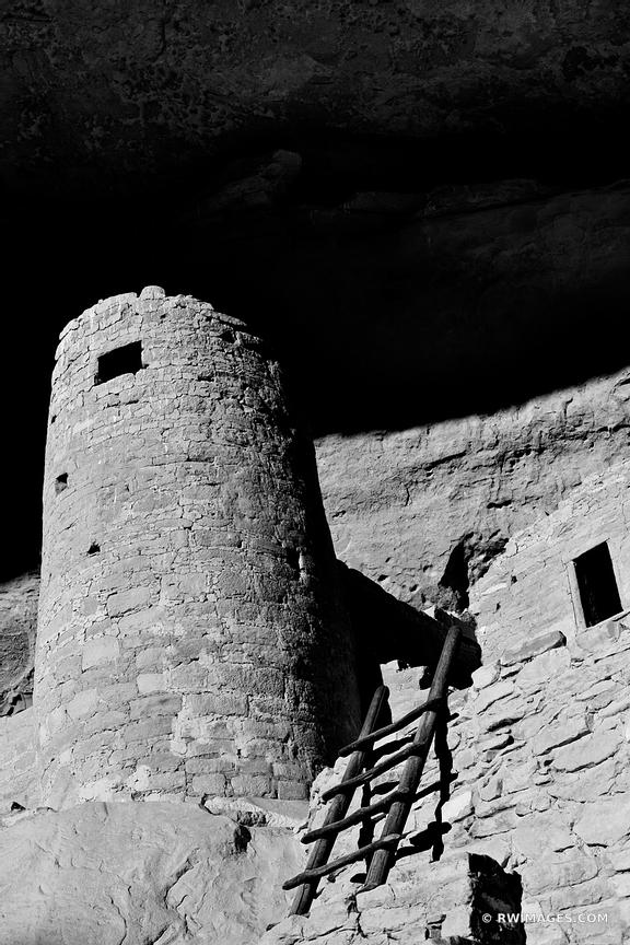 CLIFF PALACE ANCIENT DWELLINGS MESA VERDE NATIONAL PARK COLORADO VERTICAL BLACK AND WHITE VERTICAL
