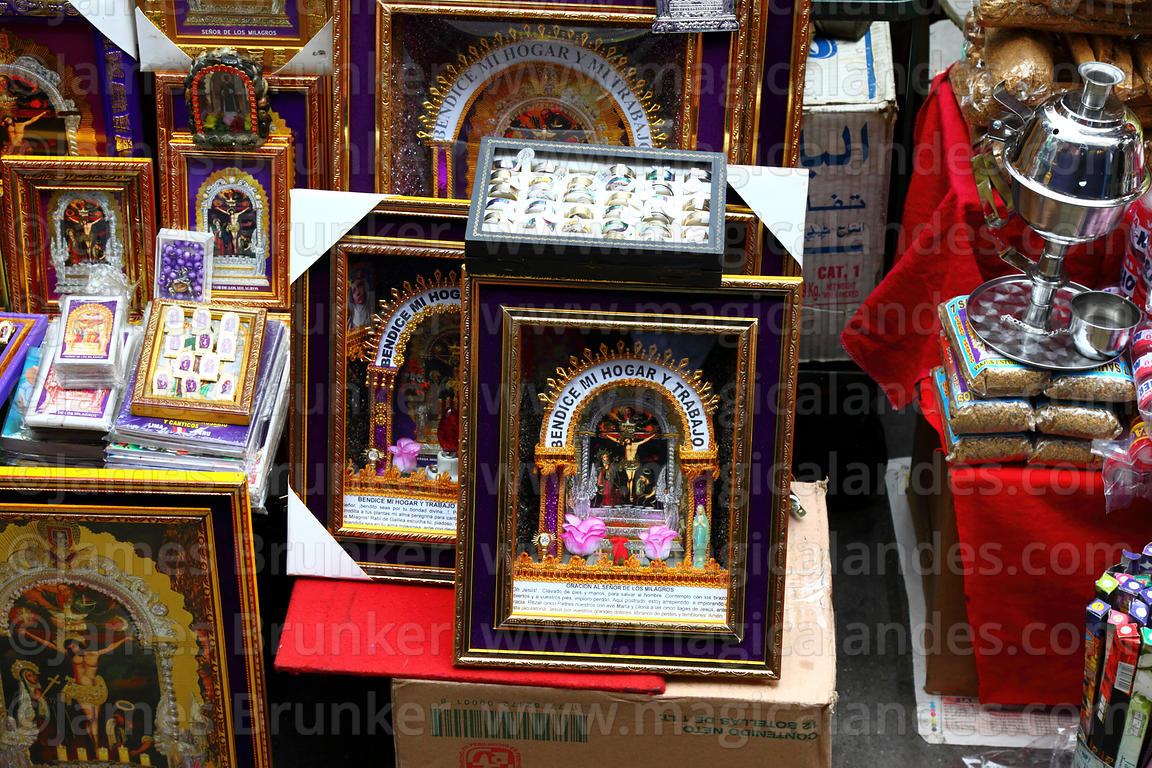 Stall selling Señor de los Milagros pictures and icons, Lima, Peru