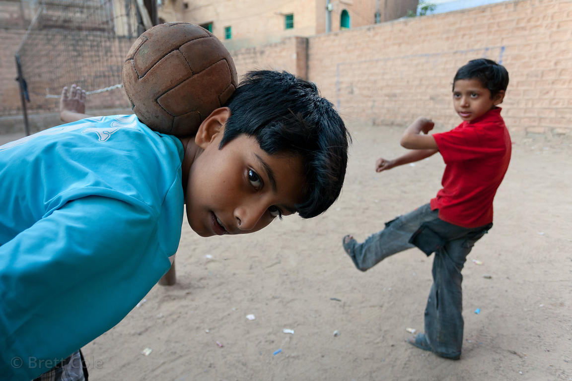 Boys playing volleyball in Jodhpur, Rajasthan, India