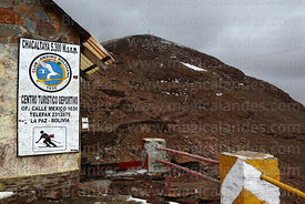 Sign on new ski hut / refuge on Mt Chacaltaya, glacier has virtually vanished. Cordillera Real, Bolivia