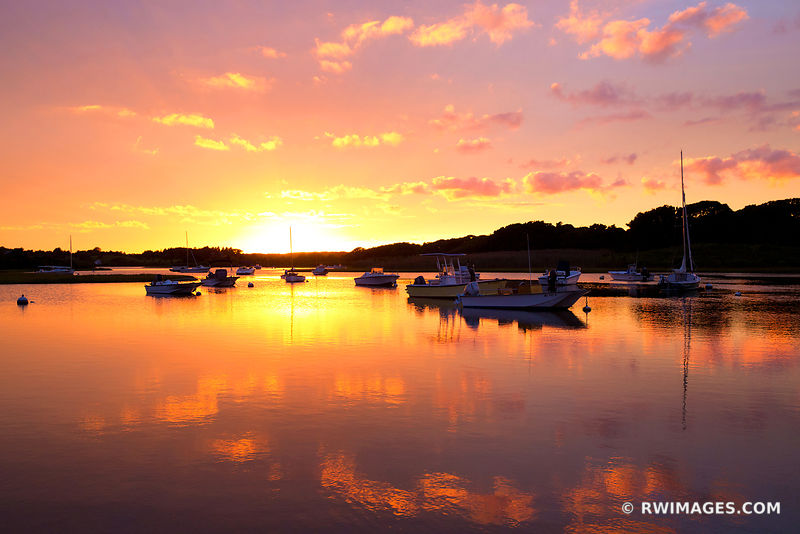 SUNSET BOATS POND MARTHA'S VINEYARD COLOR