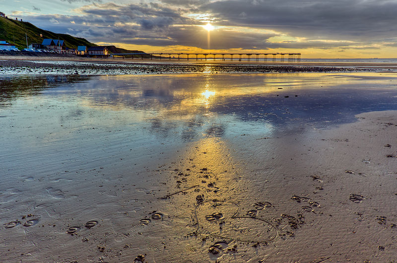 Sun ray sunset Saltburn