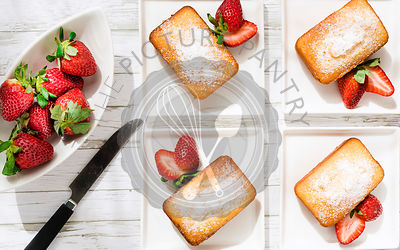 Strawberry loaf cake with fresh strawberries