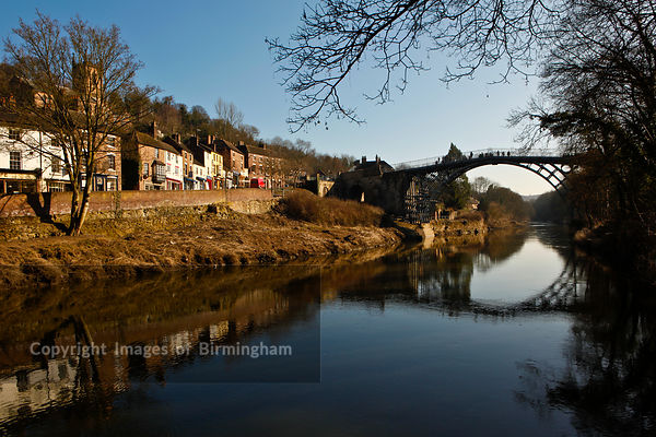 The Ironbridge in the Ironbridge Gorge, Telford, Shropshire, England.  Recognised as the birthplace of the Industrial Revolut...