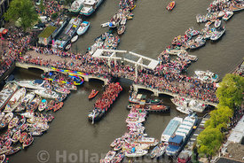 Amsterdam - Luchtfoto Canal Parade 20