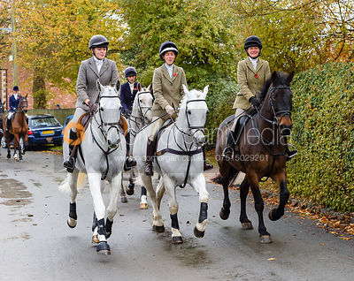 Rose Weatherby, Frankie Wyatt, Alice Robb leaving the meet. The Cottesmore Hunt at Braunston