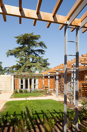 Sue Ryder Hospice, Thorpe Hall, Peterborough by JDDK Architects