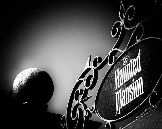 Haunted Mansion Entrance Sign - Monochrome