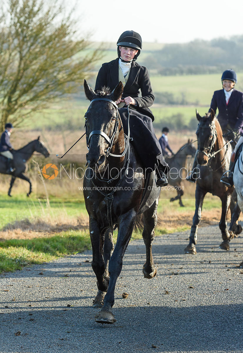 Sophie Walker At Timothy's. The Cottesmore Hunt at Hill Top Farm 11/12