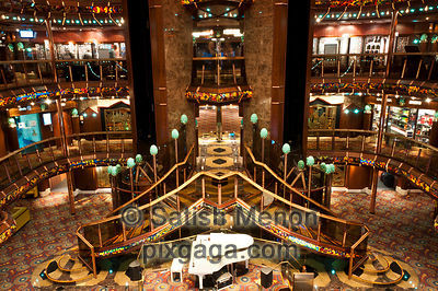 Foyer, Carnival Cruise