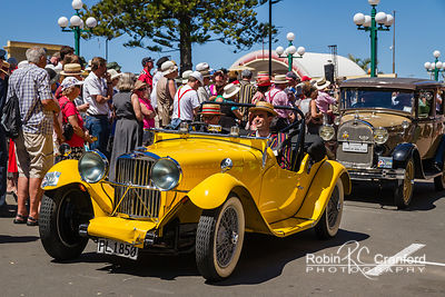 Art Deco Saturday 2012 - Vintage Car Parade.  License Plate =PL1850