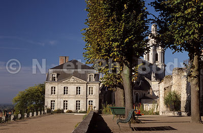 FRANCE, VALLEE DE LA LOIRE, BLOIS, LA LOIRE//FRANCE, LOIRE VALLEY, BLOIS, LOIRE RIVER