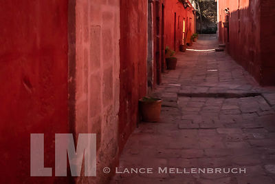 Street in the shadows at Monasterio de Santa Catalina