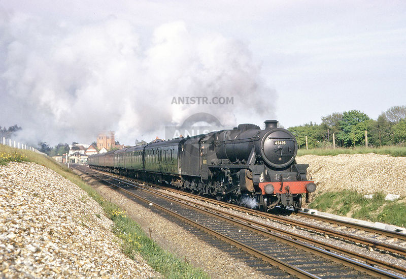 Steam loco Black 5 45493 New Milton