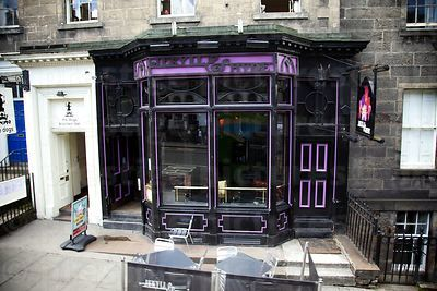 Frontage of The Jekyll & Hyde Pub in Edinburgh