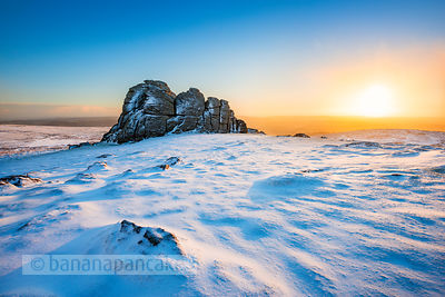 BP4837 - Winter snow, Haytor, Dartmoor
