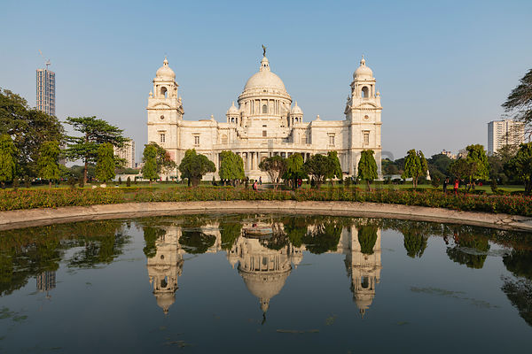 The Victoria Memorial From the West Side
