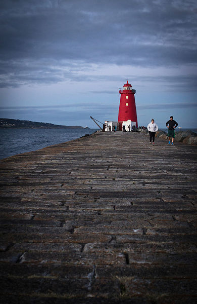 Poolbeg_couple