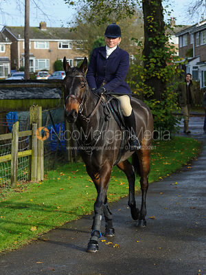 Phoebe Buckley arriving at the meet - The Cottesmore Hunt at Braunston, 12-11-13.