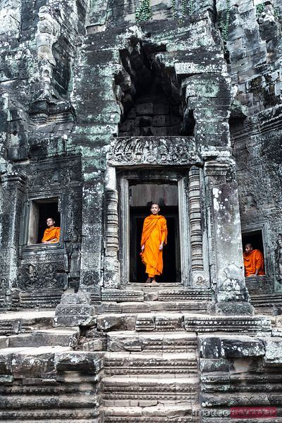 Buddhist monks, Bayon temple, Angkor, Cambodia