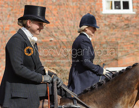 Tabby Prest and Philippa Holland - Dianas of the Chase - Side Saddle Race 2014.